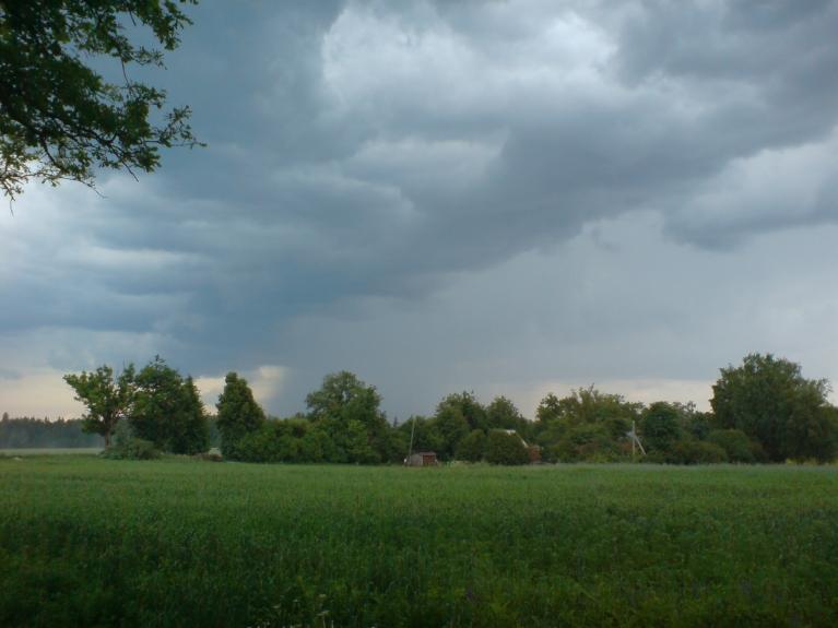 Autors: Weatherman. Draudīgie negaisa mākoņi 6.-7.06.
