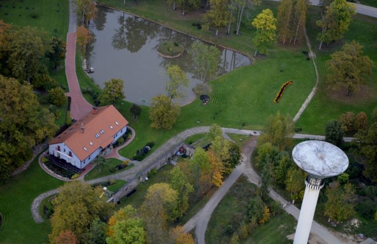 Jau kopš bērnības bija gribējies redzēt, kas ir Mālpils ūdens torņa augšā. :)