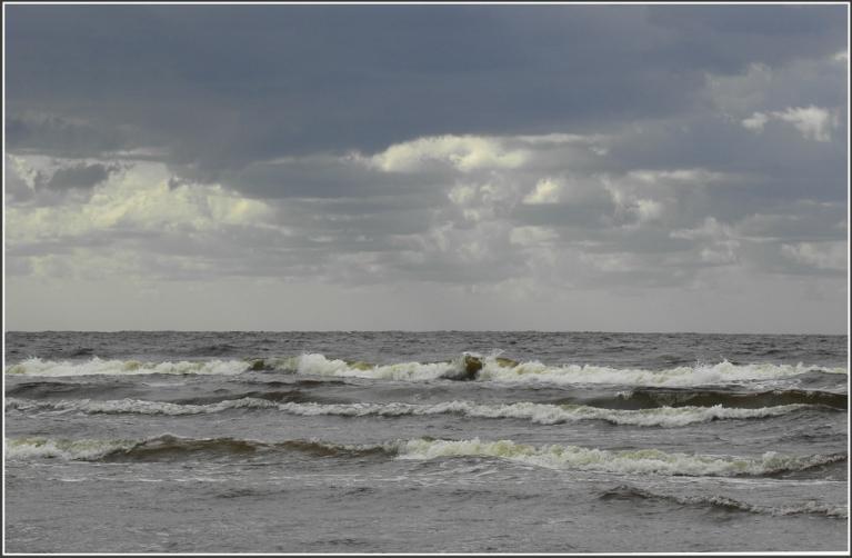 Autors: gubumākonis. Maiju noslēdzot ar vētrainu ciklonu ZARA, 30.05.