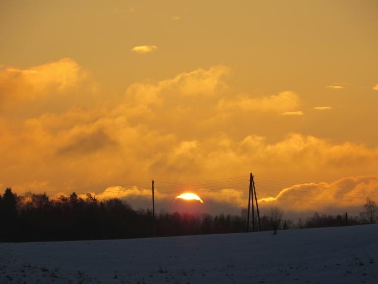 27. februāra saullēkts.