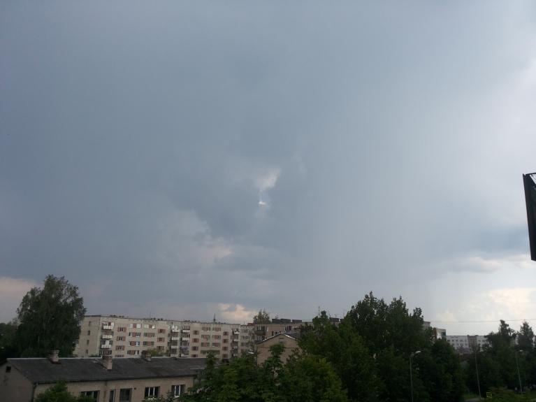 7. jūlija garāmskrienošais negaiss