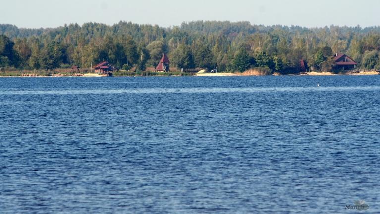 Daugavas kreisais krasts pie Ikšķiles...
