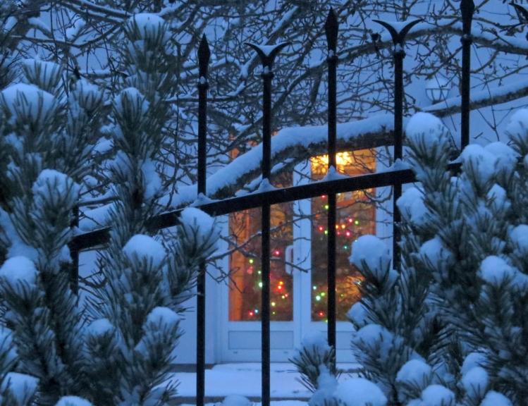 Līdz plkst.16.00 Allažos izveidojusies 5 cm bieza sniega kārtiņa.