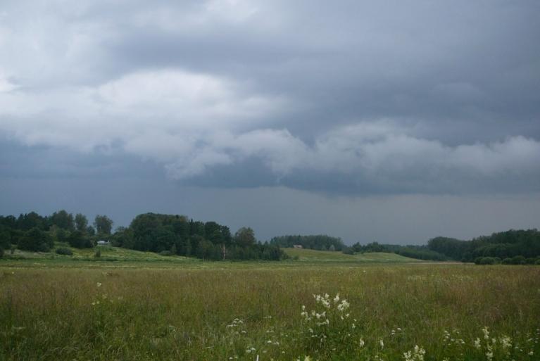 Autors: Migla. Negaiss pietuvojas Allažiem, pl. 9. vakarā, 7.jūlijs