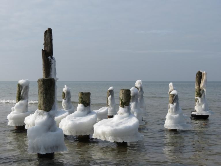 26.02. Ledus veidojumi jūrmalā