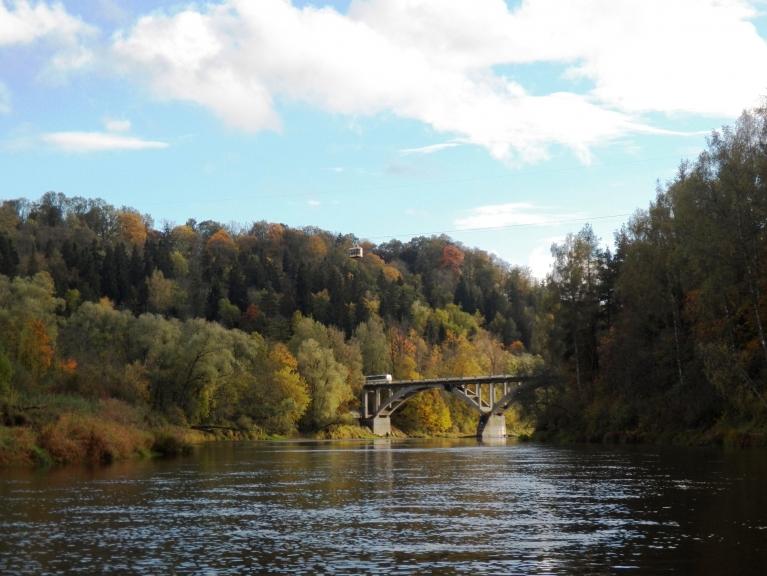 Autors: Pierobežā. 5.oktobris Siguldā