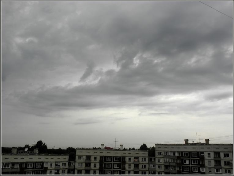 Autors: gubumākonis. Ciklona MEIKEL mākoņu lauki... (15.07.)