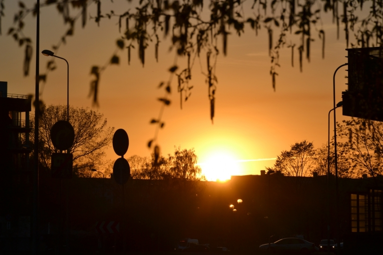 Pēdējā bilde kā pierādījums, ka arī Rīgā var vērot saulrietu. :)
