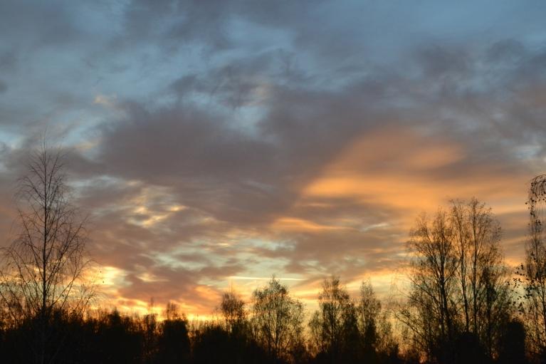 Otrais aukstākais mēneša rīts (23. oktobris) - rītausmā -6. Vēl aukstāks bija tikai 24. oktobra rīts (-7).