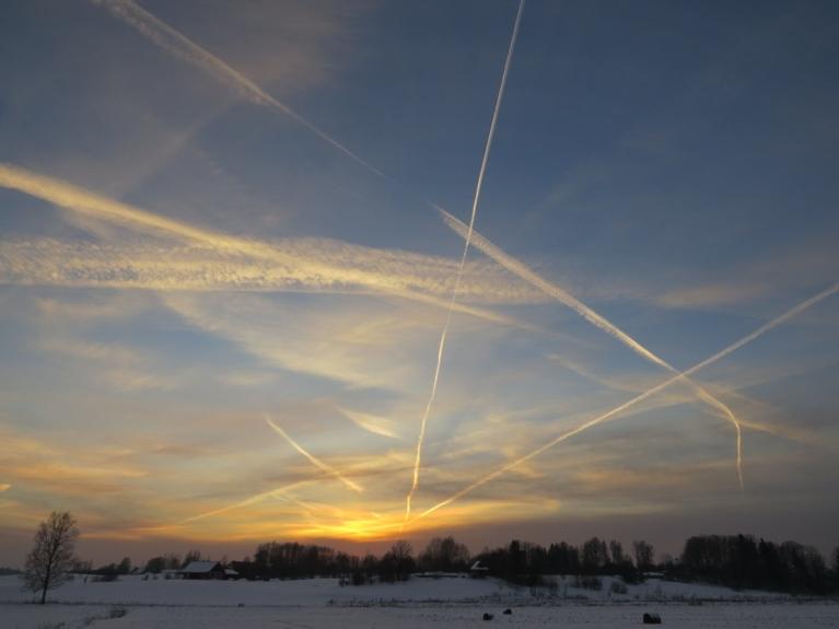 Autors: Migla. Sašvīkātās debesis 30.decembra vakarpusē