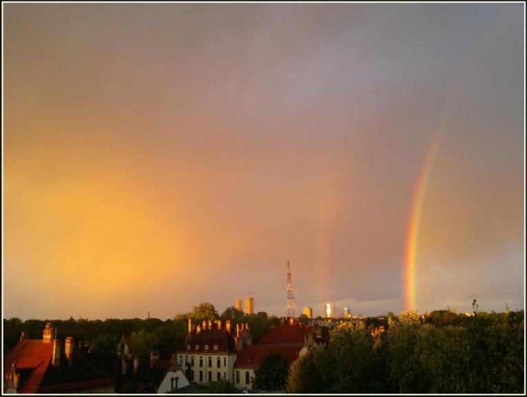 25. sep. vakarā krusas varavīksne