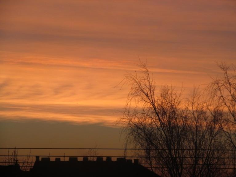 Foto: Raitis Sametis. Zeltains saulriets Rīgā, 15.februāris