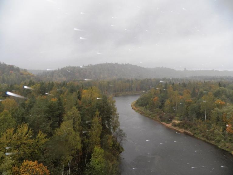 Autors: Pierobežā. 5.oktobris Siguldā / Lietus lāses