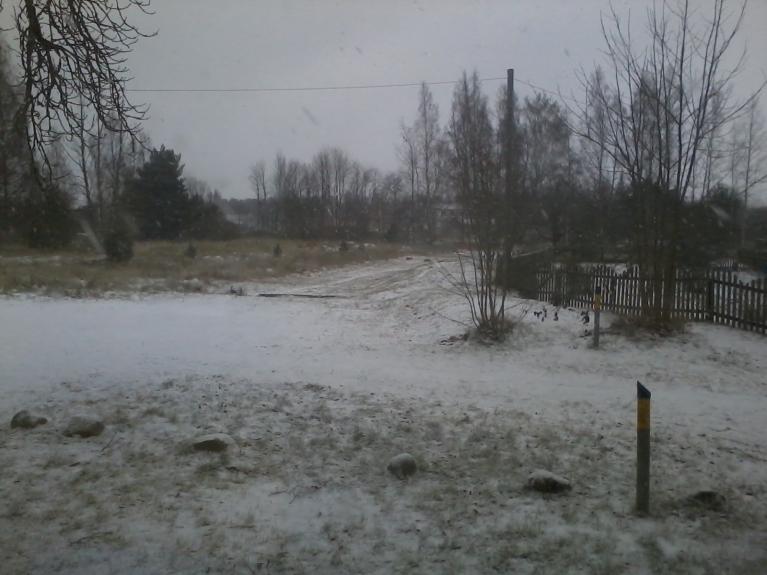 2. janvāra rītā uzsnidzis neliels sniegs.