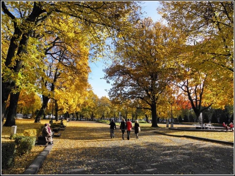 Oktobrī izbaudijam skaistu un bieži saulainu zelta rudeni.