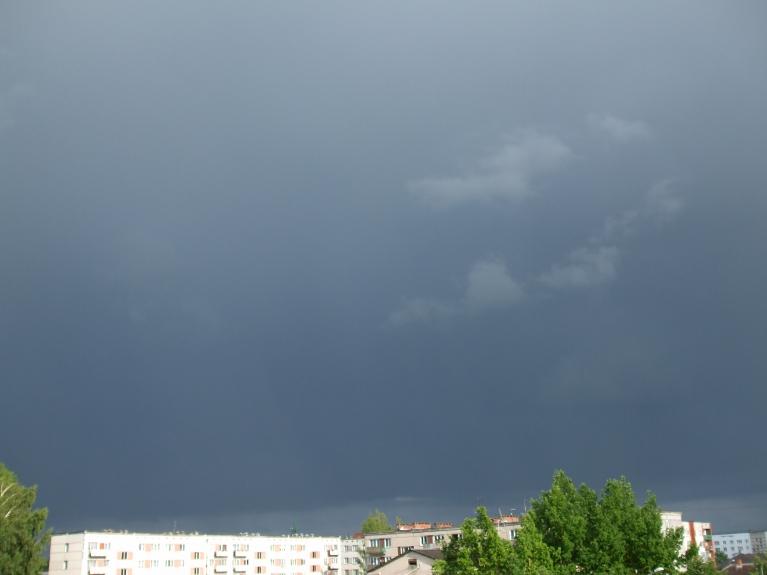 Autors: lightning. Aizejošais negaiss Līvānos 20.06. pievakarē