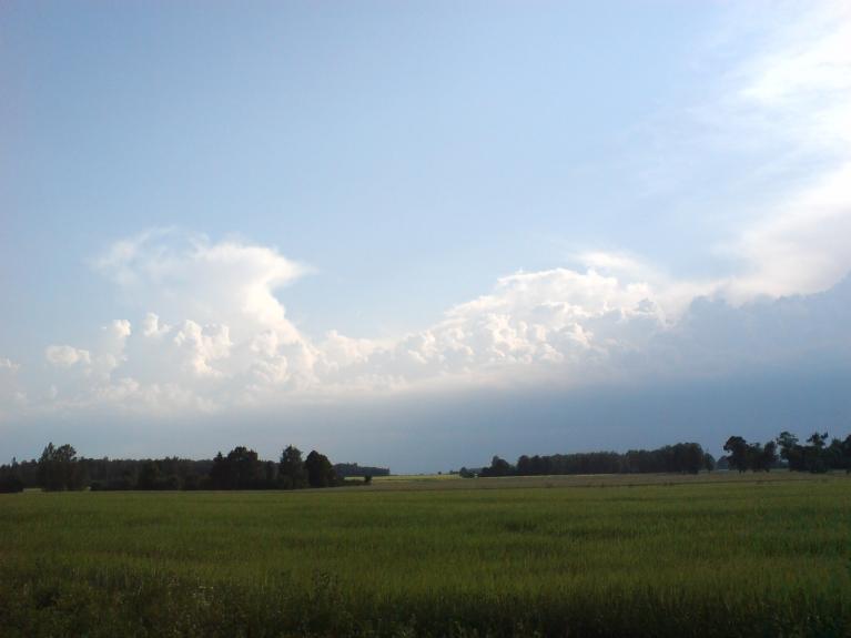 Autors: Naukšēni. Briestošais negaiss 7.jūlija pēcpusdienā