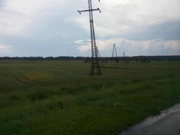 8. jūlijs - pa ceļam no Daugavpils visapkārt daudz varenu mākoņu...