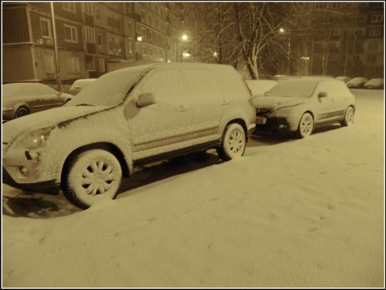 Autors: gubumākonis. Rīga, slapjš sniegs naktī uz 5. februāri