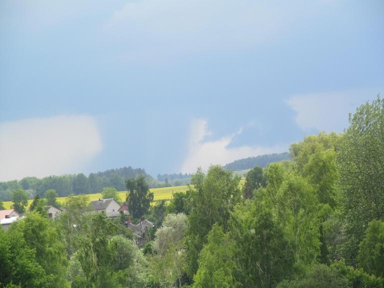 Autors: mazais. Negaisa mākonis uz DR no Dobeles, 27.05. ap 15:30