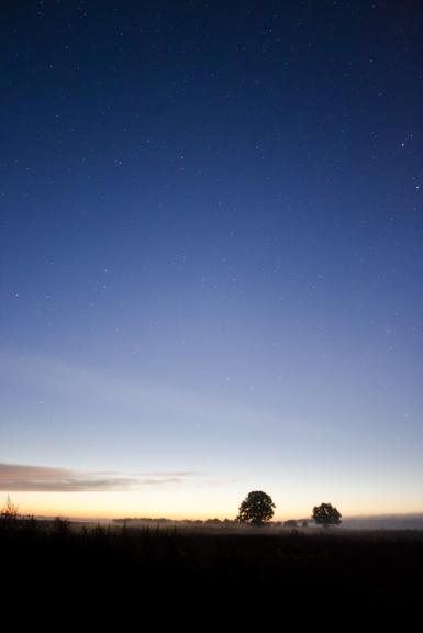 Braucu bildēt zodiakālo gaismu, bet piecēlos pārāk vēlu...un neredzēju
