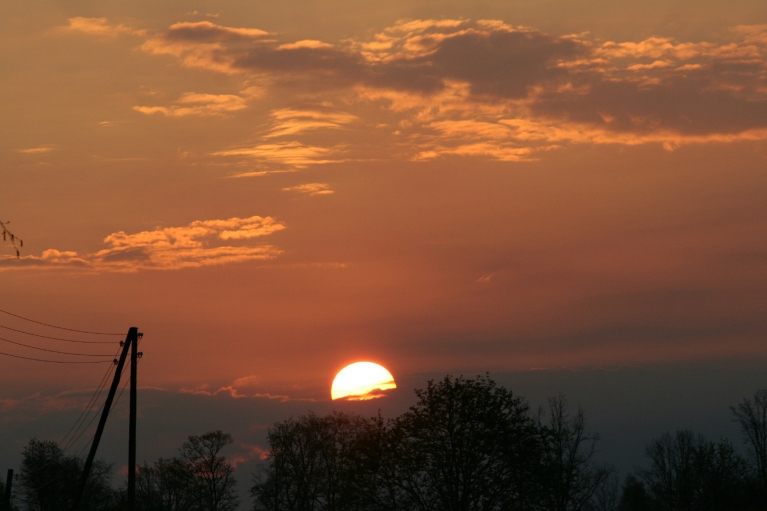saullēkts, +3*.