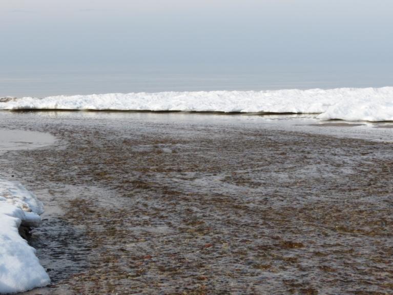 26.02. Ezera upītes ieteka jūrā