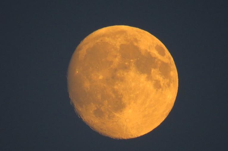 Autors: Migla. Gada garākā diena (21.06.) 22.22 - saule norietējusi un mēness uzlēcis