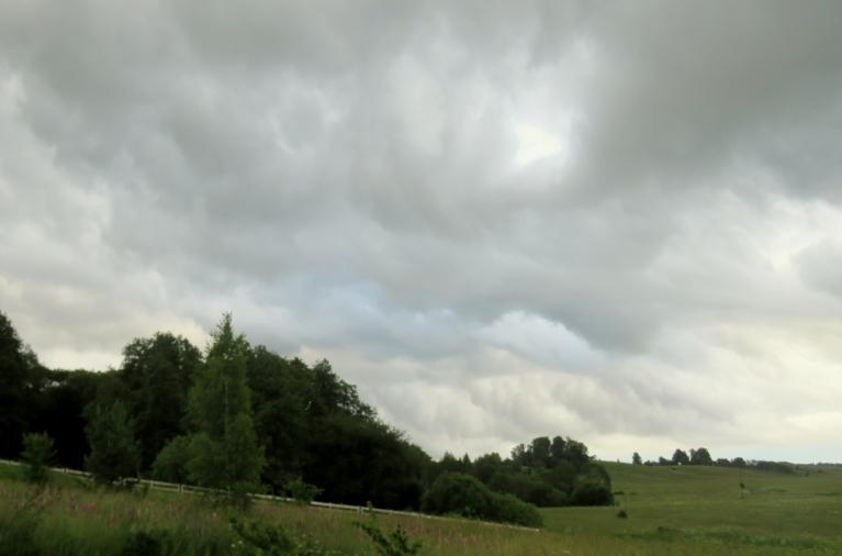 Drīz lietus arī ir klāt.
