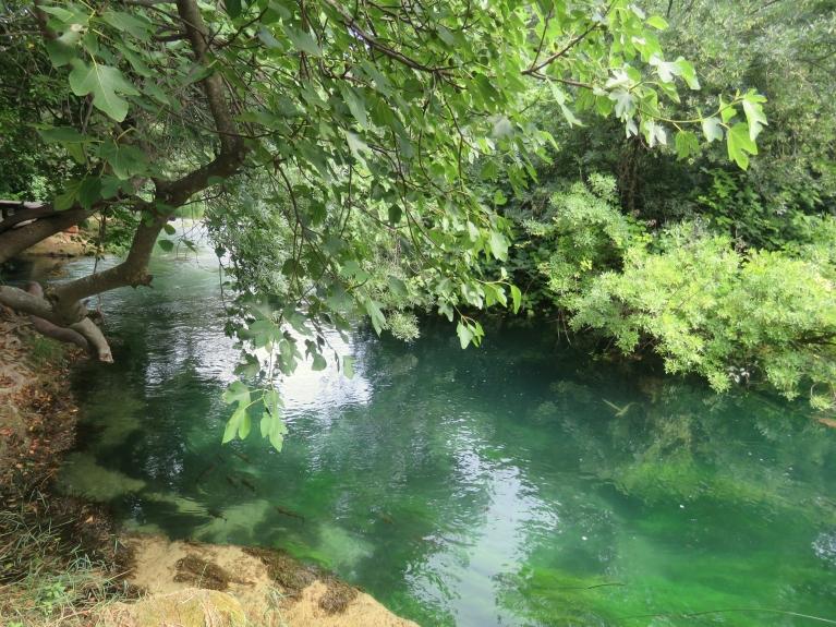 Vislabāk es jutos Krkas nacionālajā parkā- kā paradīzē zem vīģeskoku zariem un siltajiem, dzidrajiem ūdeņiem.