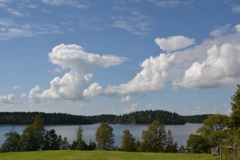 Kāla ezers.