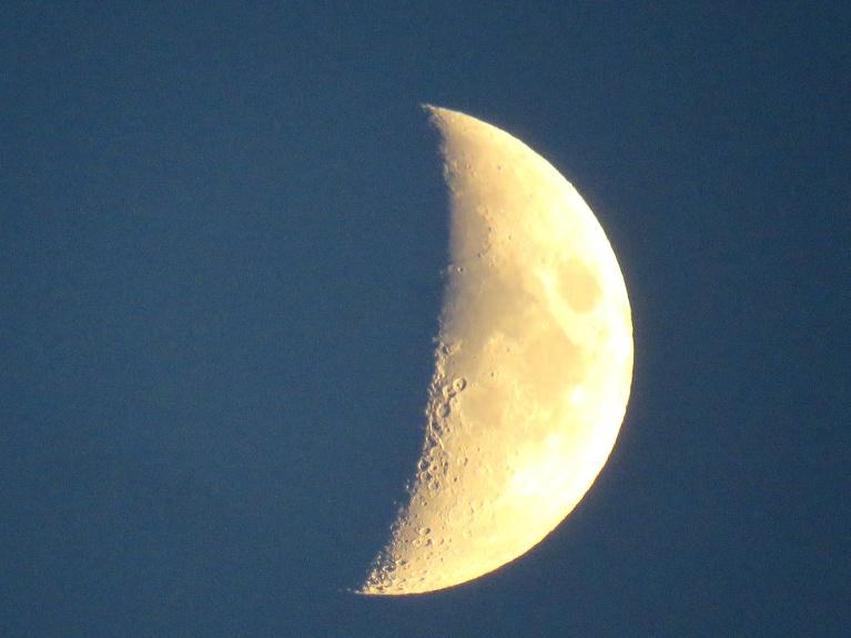 To arī izmantoju, vakaros ilgāk pasēžot ārā un pavērojot zvaigžnotās debesis.
