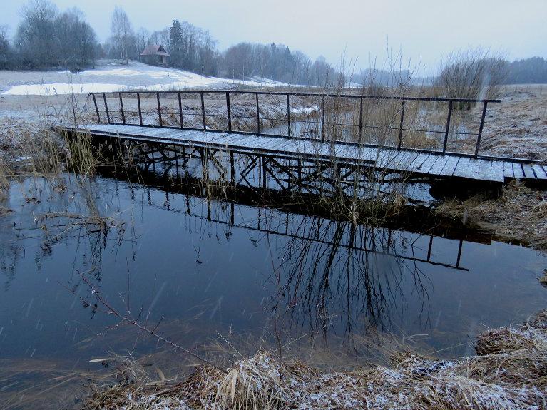 10. marta vakarpuse, sāk snigt, t slīd uz mīnusiem, Tumšupīte par ūdens trūkumu var nesūdzēties.