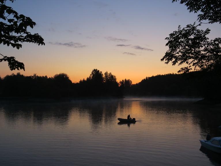 Vēss 3. augusta rīts, Zvejnieklīcis.