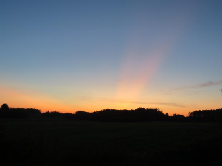 Pēdējie siltie saulrieta stari