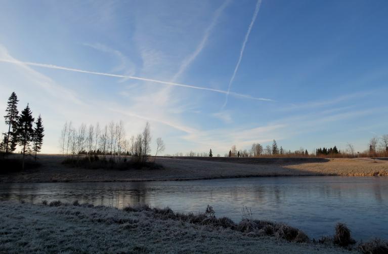 10. decembra rīts ar saulīti un -5C.