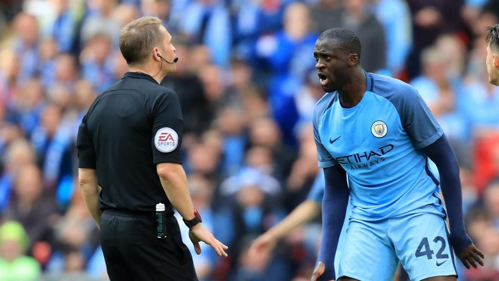 Touré wants no referee for Manchester derby