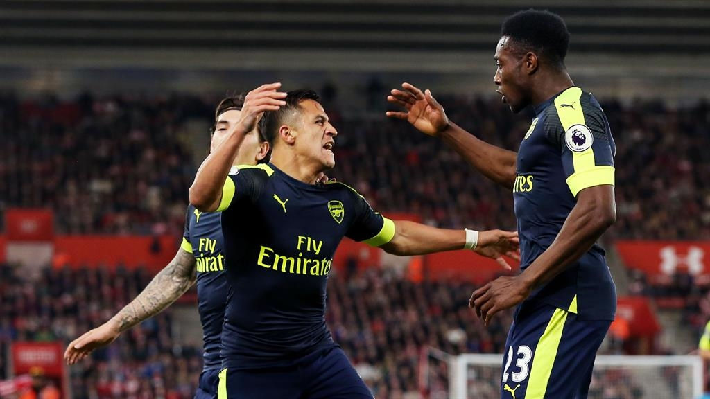 Arsenal hold on to top four hopes with Southampton win