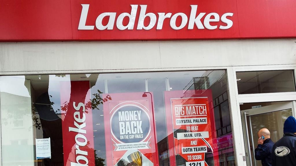 FA ends lucrative Ladbrokes sponsorship deal after betting controversies