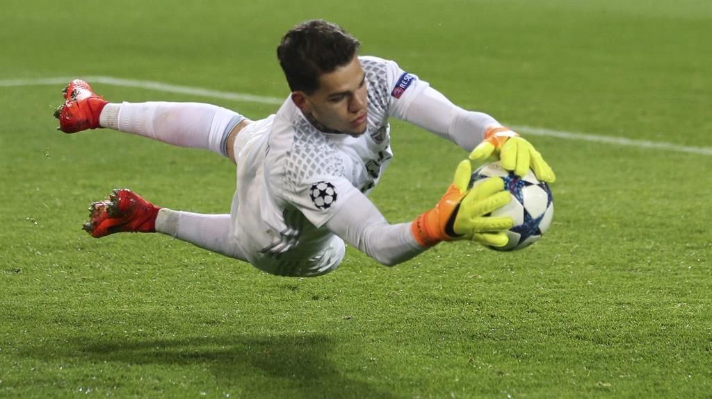 Ederson completes €40m move to Manchester City