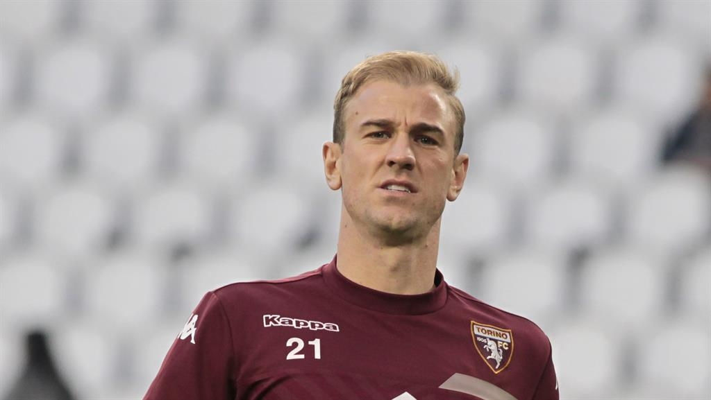 West Ham Book Medical In For Joe Hart