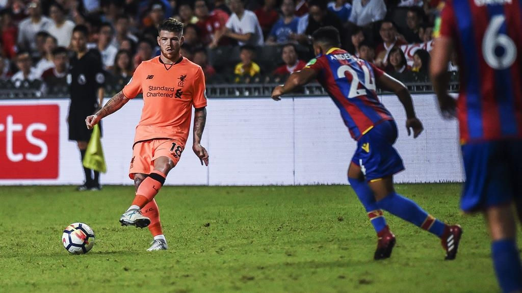 Solanke strikes as Liverpool beat Palace 2-0