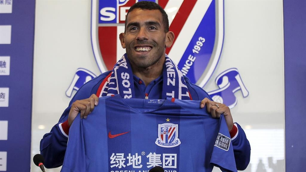 Carlos Tevez dropped for being