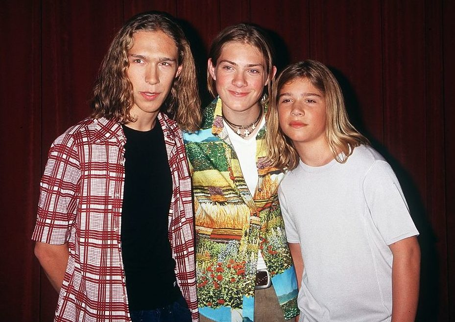 Hanson explain how they escaped the fate of child stars