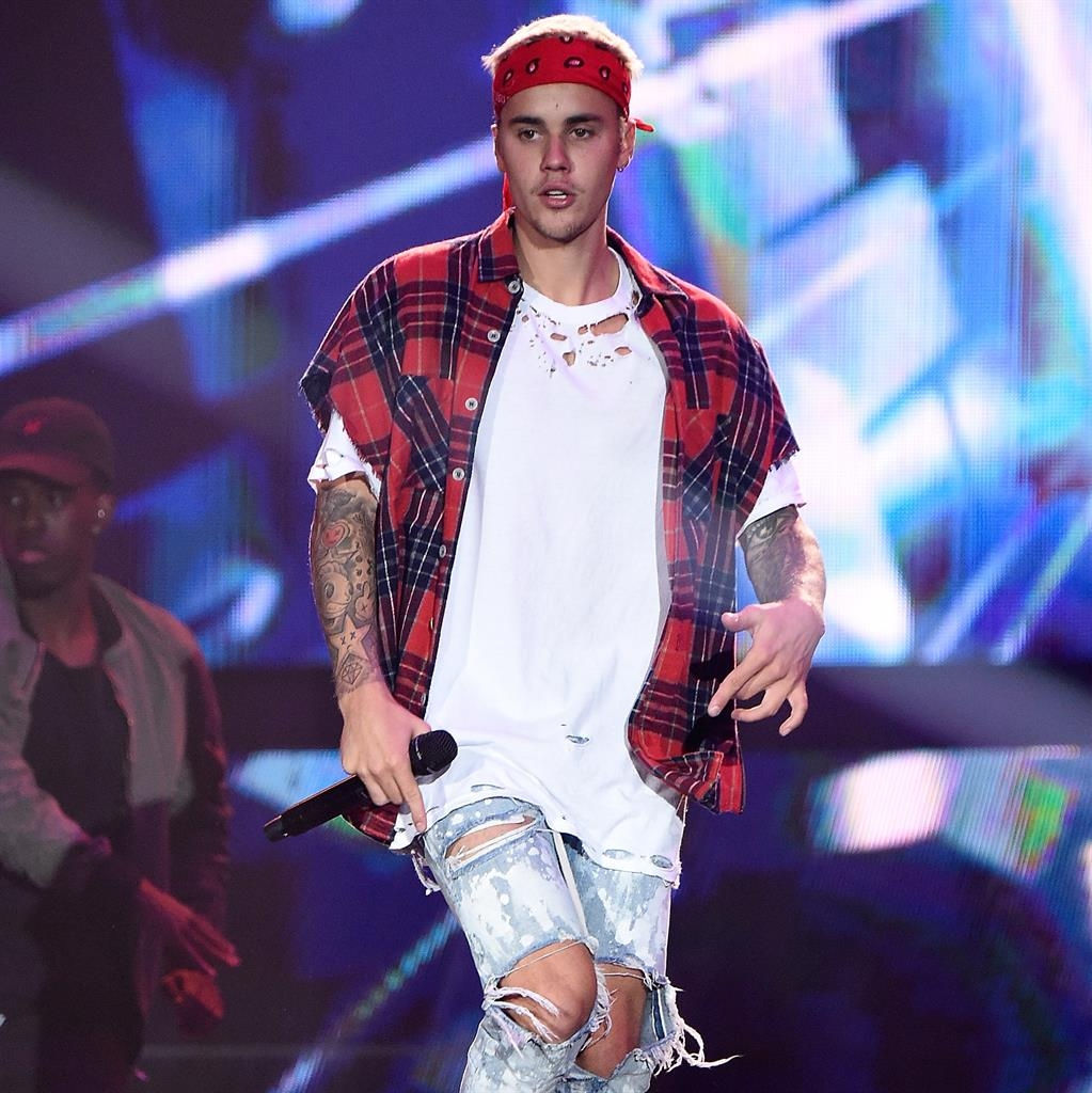 Justin Bieber Received a Citation for Using His Cellphone While Driving