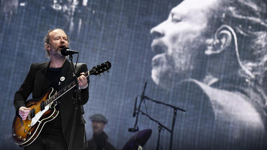 Radiohead curses at pro-Palestinian protest during concert