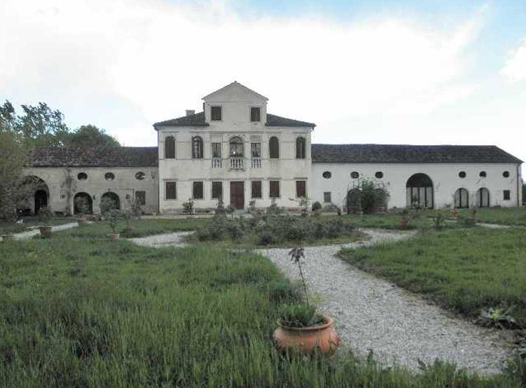 Villa Albrizzi - Casa del Soldato