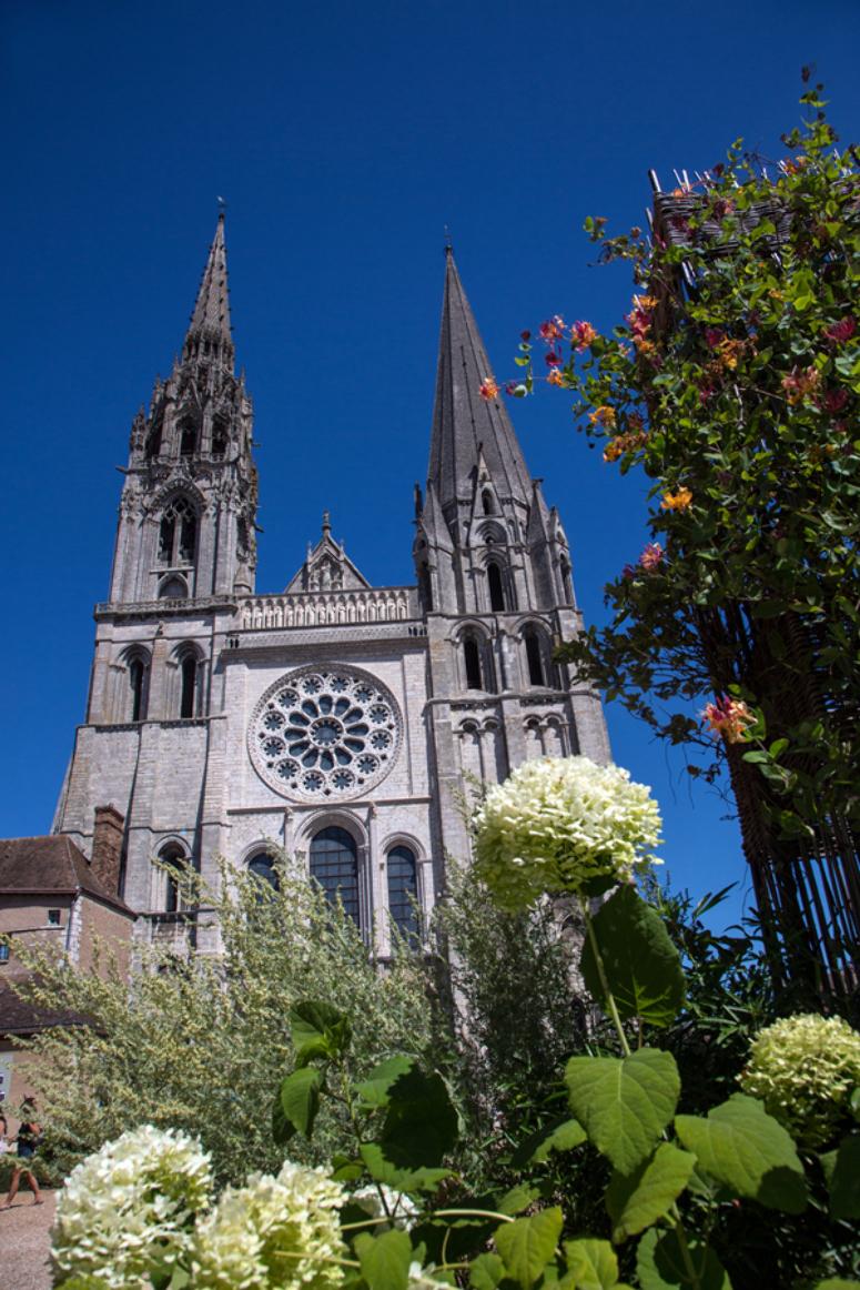 Patrick Forget - www.sagaphoto.com - Autour de la cathédrale