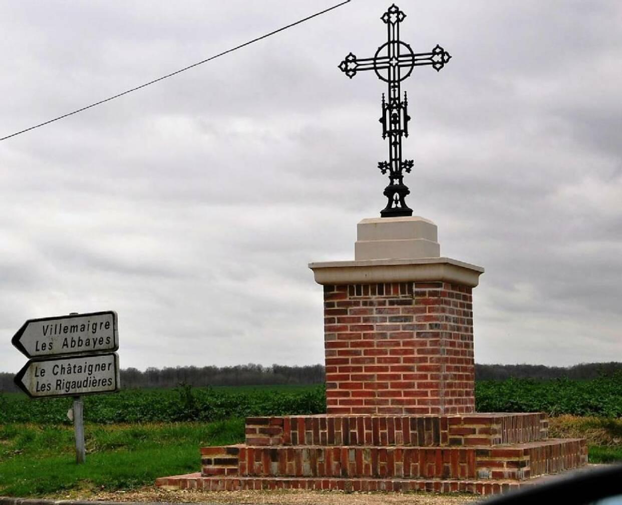 L'Écho Républicain - Châteaux et Calvaires