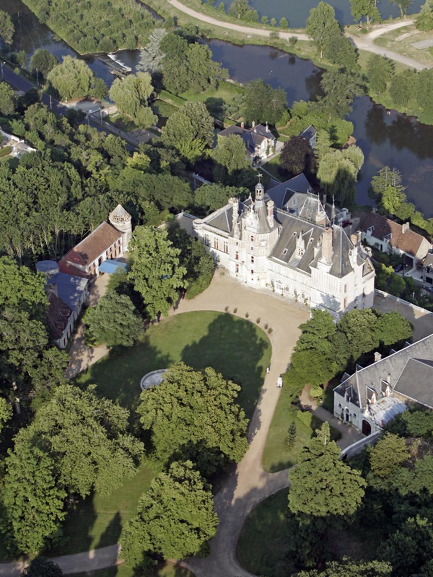 Patrick FORGET www.sagaphoto.com - Le château de Montigny-le-Gannelon